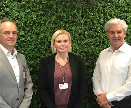 Patrick Gerard (CEO Rompa Group), Pia Fastrup Rasmussen (director category management (plastics, sealing and c-parts) at Danfoss) and Paul van der Linden (international sales manager Rompa Group).